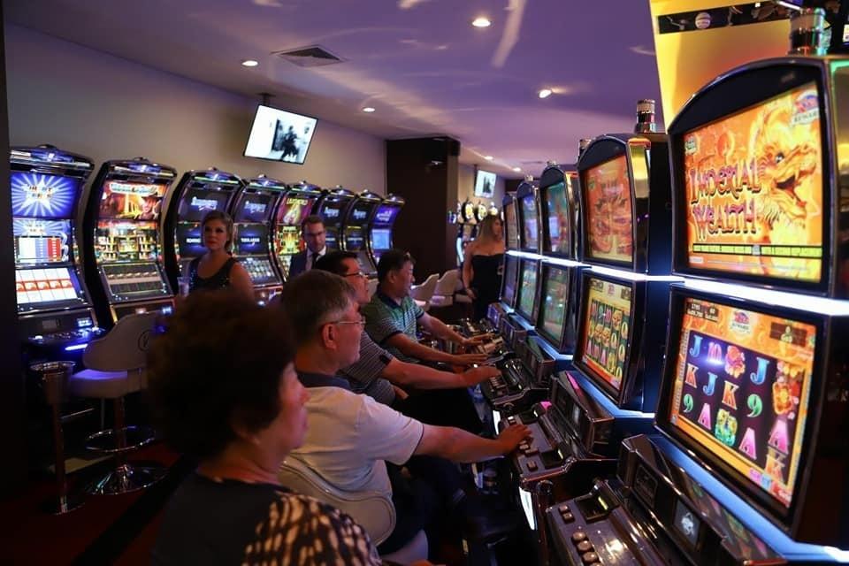 Casinos ainsworth 609309