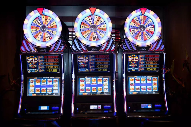 Casinos dinheiro 243663